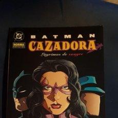 Cómics: BATMAN Y LA CAZADORA: LAGRIMAS DE SANGRE - TOMO - NORMA. Lote 207334027