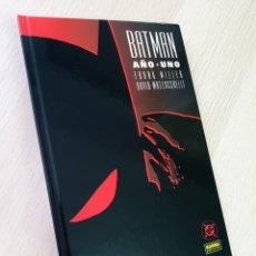 Cómics: EXCELENTE ESTADO BATMAN AÑO UNO TOMO NORMA. Lote 215243497