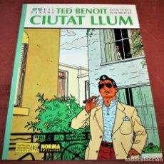 Cómics: CIUTAT LLUM - RAY BANANA - TED BENOIT - COL. NARRATIVA GRÀFICA Nº 1 - NORMA ED. - 1992 - EN CATALÁN. Lote 215775422
