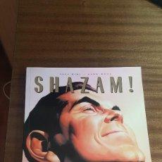 Cómics: SHAZAM. Lote 245909250