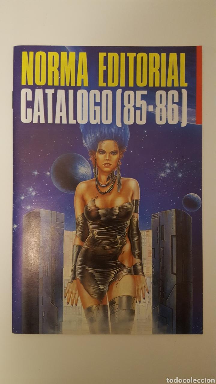 Cómics: Lote Catálogos Norma Editorial 1984, 85/86, 2008, 2009, 2012 - Club Otaku 1994 - Glenat 2001 - Foto 5 - 271999183