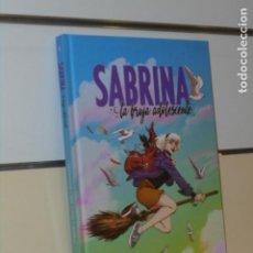 Cómics: SABRINA LA BRUJA ADOLESCENTE VOLUMEN UNO TOMO CARTONÉ - NORMA OFERTA. Lote 294032633