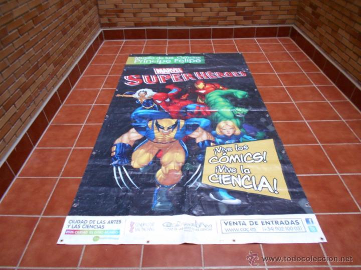 LONA GRAN DIMENSION EXPOSICION MARVEL SUPERHEROES MUSEO DE LA CIENCIAS P. FELIPE VALENCIA 2008 2013 (Tebeos y Comics - Panini - Marvel Comic)