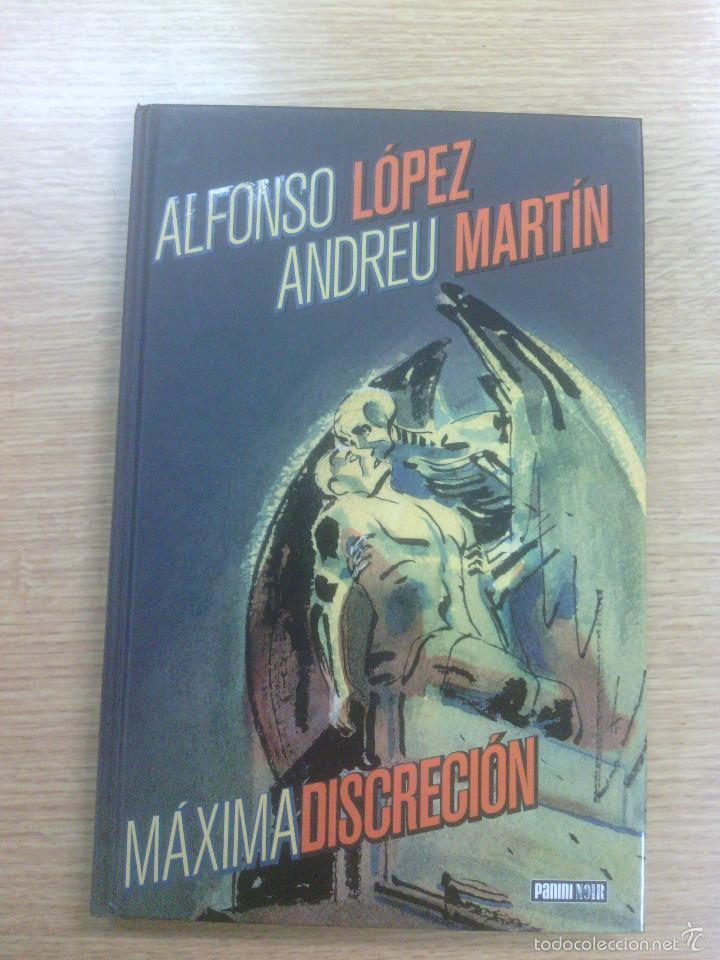 MAXIMA DISCRECION (PANINI NOIR) (Tebeos y Comics - Panini - Otros)