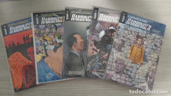 HARBINGER UNIVERSO VALIANT COLECCIÓN COMPLETA EN 5 TOMOS RÚSTICA (1+2+3+4+5) PANINI/ALETA (Tebeos y Comics - Panini - Otros)