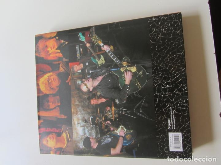Cómics: U2 REVOLUTION. LA HISTORIA ILUSTRADA DE LA MÍTICA BANDA DE ROCK tapa dura - Foto 4 - 174208492
