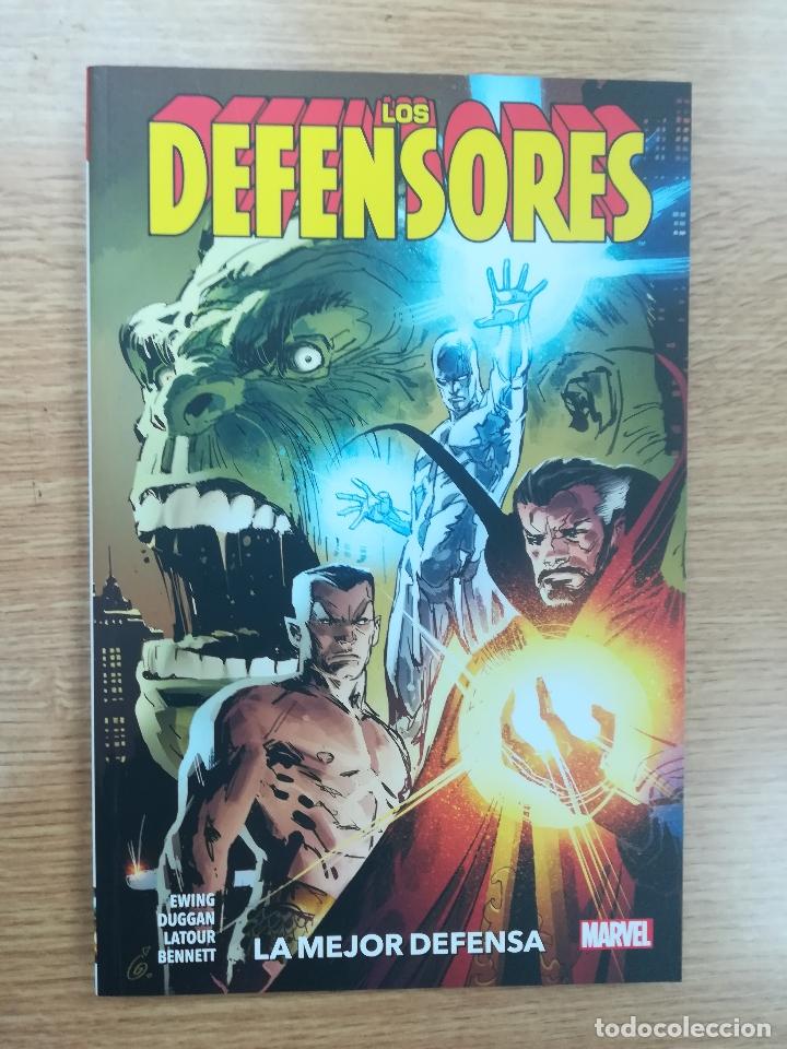 LOS DEFENSORES LA MEJOR DEFENSA (Tebeos y Comics - Panini - Marvel Comic)