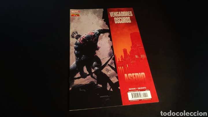 DE KIOSCO VENGADORES OSCUROS 15 ASEDIO PANINI COMICS (Tebeos y Comics - Panini - Marvel Comic)