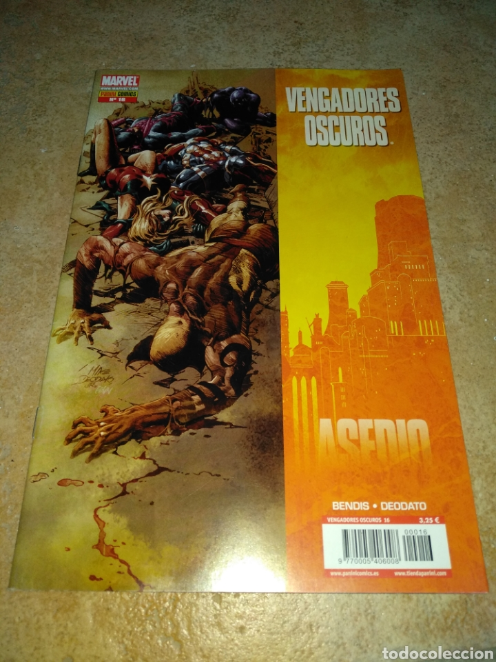 VENGADORES OSCUROS 16 (Tebeos y Comics - Panini - Marvel Comic)