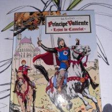 Cómics: PRINCIPE VALIENTE, LEJOS DE CAMELOT , TAPA DURA PANINI. Lote 222557733