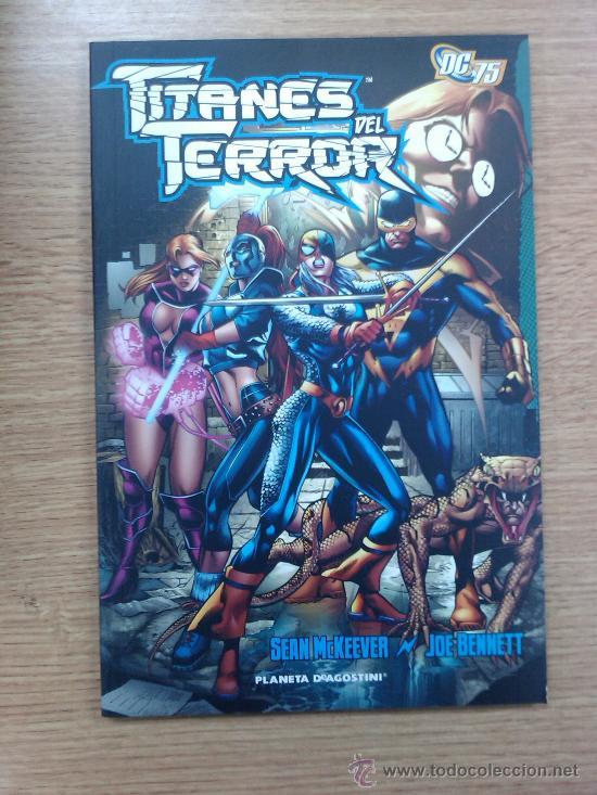TITANES DEL TERROR (Tebeos y Comics - Planeta)