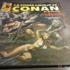 Fumetti: LA ESPADA SALVAJE DE CONAN - SERIE ORO - NUMERO 2 - AÑO 1982 CON FOTOGRAMAS DEL FILM. Lote 55555273