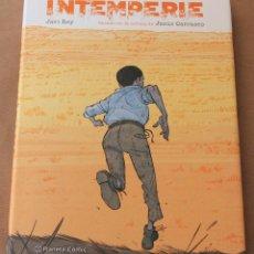 Fumetti: INTEMPERIE - ED PLANETA AÑO 2016 - CARTONÉ CON SOBRECUBIERTA Y POSTAL - NUEVO (PRECINTADO). Lote 107086007
