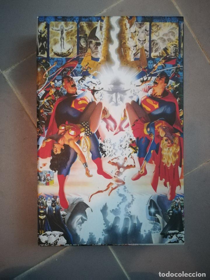 CRISIS EN TIERRAS INFINITAS ABSOLUTE (Tebeos y Comics - Planeta)