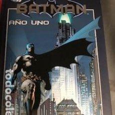 Cómics: BATMAN AÑO UNO + BATMAN Y LOS HOMBRES MONSTRUO. Lote 295504078