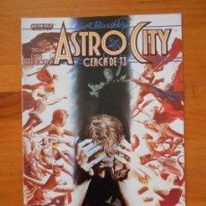 Cómics: ASTRO CITY - CERCA DE TI - KURT BUSIEK - PLANETA (6Ñ). Lote 160253078
