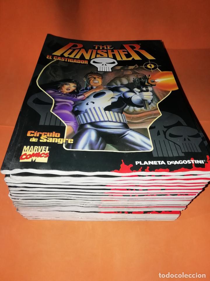 THE PUNISHER EL CASTIGADOR. COLECCIONABLE Nº 1 AL 6 Y DEL 12 AL 25. DEFECTOS DE HUMEDAD. (Tebeos y Comics - Planeta)