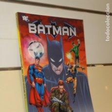Cómics: BATMAN LA BUSQUEDA DE BATMAN - PLANETA - OCASION. Lote 176110939