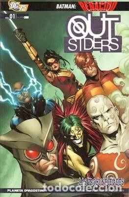 OUTSIDERS VOL 3 PLANETA COMPLETA 2 TOMOS 2010 - LAS PROFUNDIDADES Y LA NOCHE MÁS OSCURA (Tebeos y Comics - Planeta)