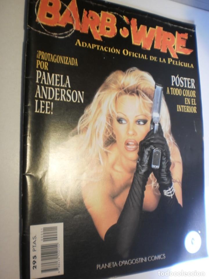 BARB:WIRE. ADAPTACIÓN PELÍCULA PAMELA ANDERSON CON PÓSTER CENTRAL DE PAMELA. 1996 (SEMINUEVO) (Tebeos y Comics - Planeta)