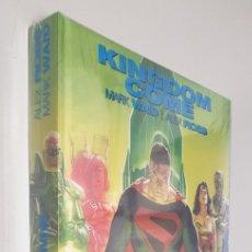 Cómics: KINGDOME COME - EDICION DE LUJO INTEGRAL / MARK WAID - ALEX ROSS / DC - ECC. Lote 278228178