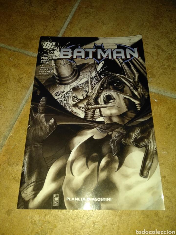 BATMAN 15 (Tebeos y Comics - Planeta)