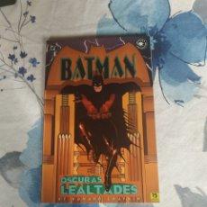 Cómics: BATMAN OSCURAS LEALTADES. Lote 197544515