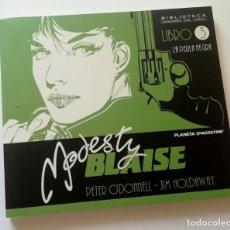 Cómics: MODESTY BLAISE LIBRO 3. PLANETA. TOMO EN BLANCO Y NEGRO. Lote 217207226