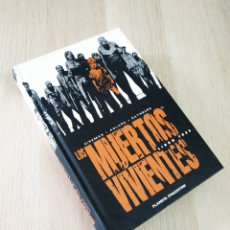 Cómics: EXCELENTE ESTADO LOS MUERTOS VIVIENTES LIBRO TRES 3 PLANETA TOMO INTEGRAL MAGE. Lote 225126180