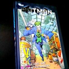 Cómics: EXCELENTE ESTADO BATMAN REGLAS DE COMPROMISO 13 COMICS PLANETA DC. Lote 235060615