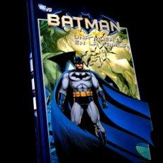 Cómics: DE KIOSCO BATMAN 18 UNA MUERTE EN LA FAMILIA COMICS PLANETA DC 75 TOMO TAPA DURA. Lote 262703525