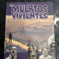 Cómics: LOS MUERTOS VIVIENTES N.3 SEGURIDAD TRAS LOS BARROTES ( 2005/2020 ). Lote 297046793