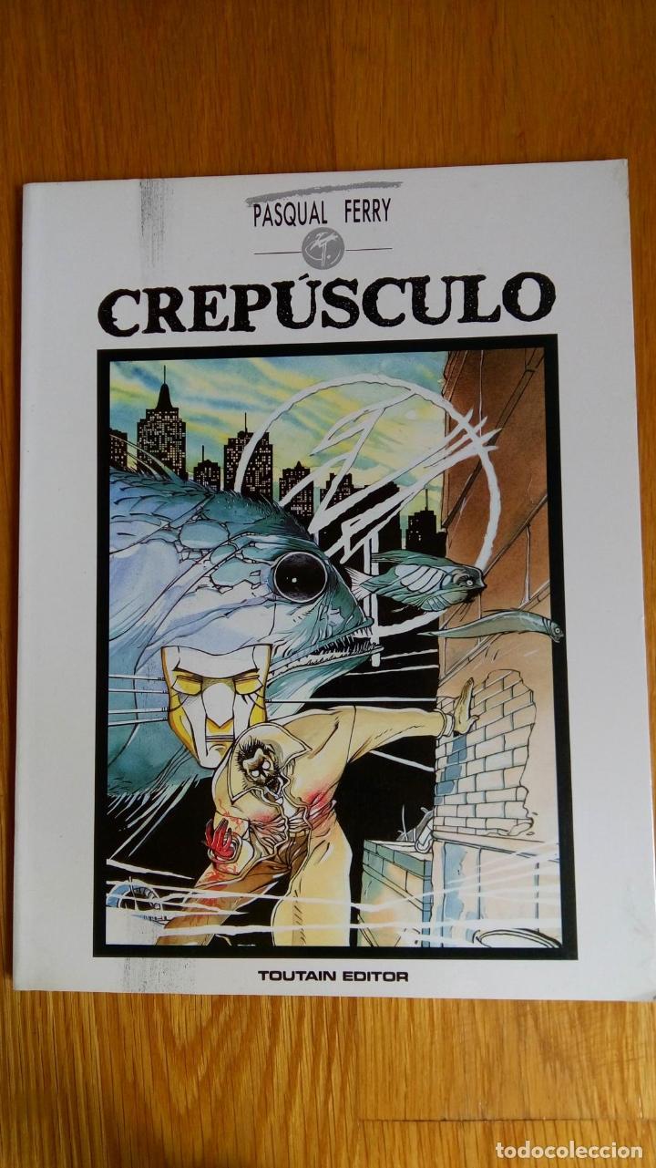 CREPÚSCULO (Tebeos y Comics - Toutain - Álbumes)