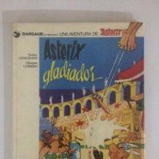 Cómics: COMIC UNA AVENTURA DE ASTERIX GLADIADOR AÑO 1980 EDICION GRIJALBO TAPA DURA. Lote 204151901