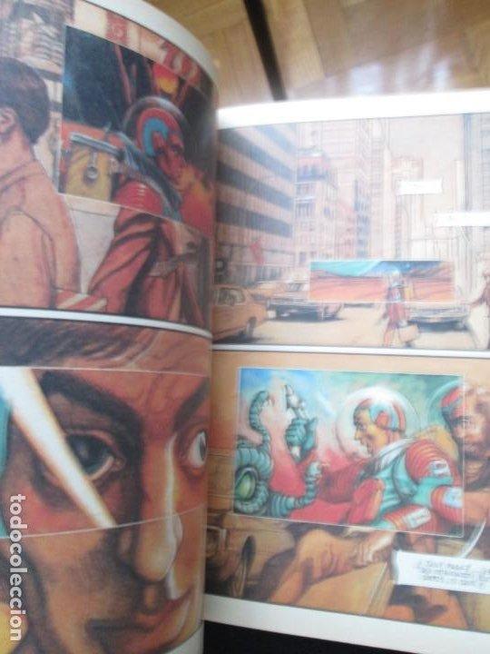 Cómics: Zona 84. Almanaque 1986. - Foto 4 - 255950975