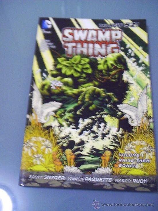 SWAMP THING VOL. 1 - RAISE THEM BONES. EN INGLÉS. (Tebeos y Comics - Comics Lengua Extranjera - Comics USA)