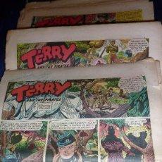 Cómics: GRAN LOTE 30 COMIC TERRY AND THE PIRATE . BRENDA STARR REPORTER . PAG PERIODICO USA AÑOS 50. Lote 56049156