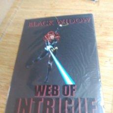 Cómics: BLACK WIDOW (VIUDA NEGRA) TOMO WEB OF INTRIGUE EN INGLÉS. Lote 195571343