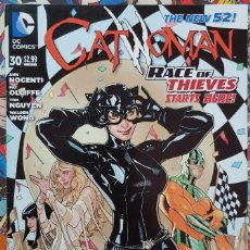 Cómics: CATWOMAN 30 THE NEW 52! ORIGINAL USA RACE OF THIEVES, PART 1. Lote 203449096