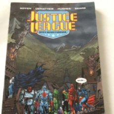 Cómics: JUSTICE LEAGUE- VOL. SIX- 238 PAGINAS- 24,99$ - RÚSTICA- 2011. Lote 204329081