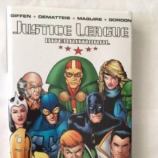 Cómics: JUSTICE LEAGUE - TAPA DURA -186 PÁGINAS - 24,99 DOLARS USA- VOLUME ONE. Lote 204329718