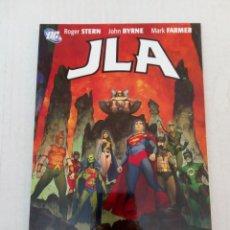Cómics: JLA: THAT WAS NOW, THIS IS THEN, POR ROGER STERN, JOHN BYRNE Y MARK FARMER. Lote 288455368