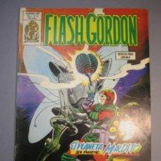 Cómics: FLASH GORDON (1980, VERTICE) -V.2- 13 · 15-IX-1980 · EL PLANETA MALDITO (2ª PARTE) / LA BOMBA DE ORO. Lote 140817230
