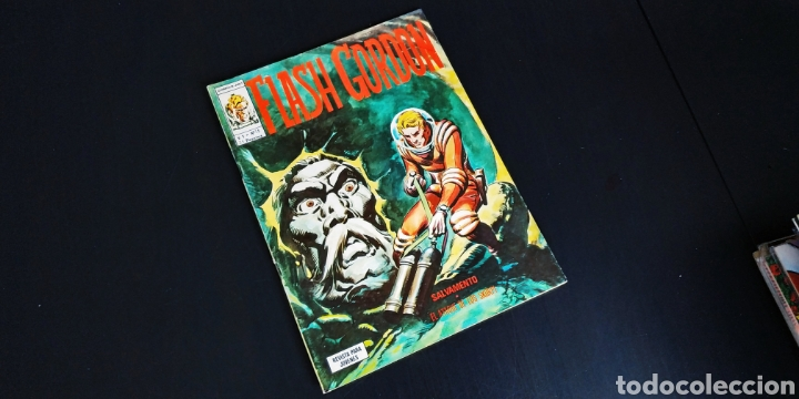 EXCELENTE ESTADO FLASH GORDO 15 VERTICE VOL I (Tebeos y Comics - Vértice - Flash Gordon)