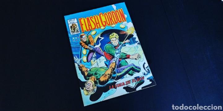 EXCELENTE ESTADO FLASH GORDON 35 VERTICE VOL II (Tebeos y Comics - Vértice - Flash Gordon)