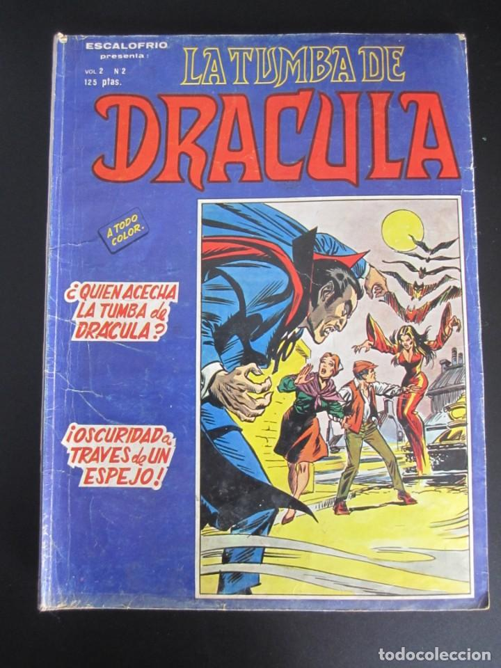 DRACULA, LA TUMBA DE (1981, VERTICE) 2 · III-1981 · ¿QUIEN ACECHA LA TUMBA DE DRACULA? (Tebeos y Comics - Vértice - Terror)