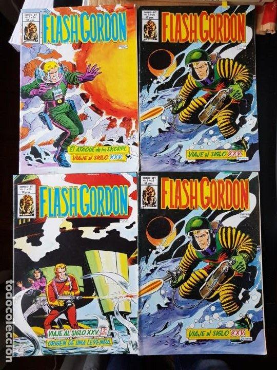 LOTE 4 TEBEOS / CÓMIC FLASH GORDON VOL. 2 N 24-25-26 1980 ORIGINAL VERTICE 1980 (Tebeos y Comics - Vértice - Flash Gordon)