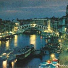 Cómics: [POSTAL] CANAL GRANDE E PONTE DE RIALTO. VENEZIA DI NOTTE (ITALIA) (SIN CIRCULAR). Lote 204750702