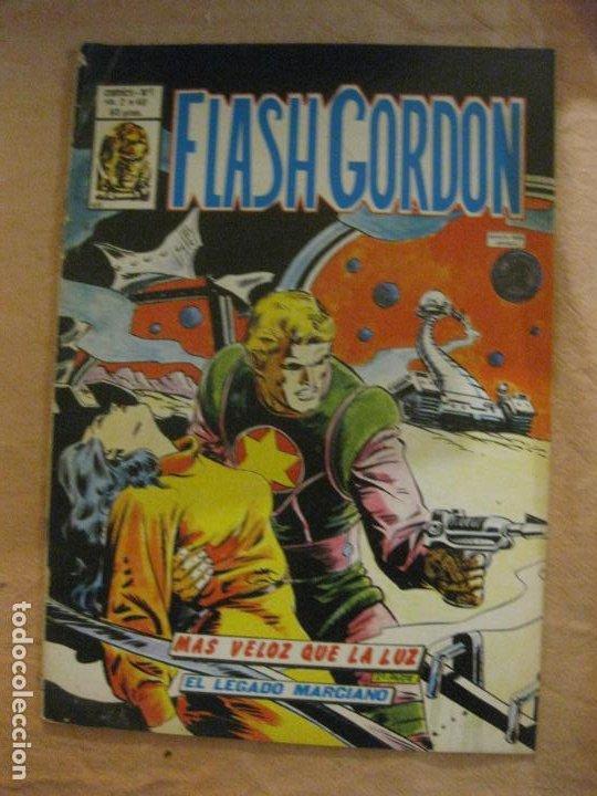 FLASH GORDON VOL. 2 Nº 40. EDICIONES VERTICE. (Tebeos y Comics - Vértice - Flash Gordon)