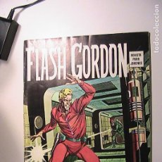 Cómics: FLASH GORDON. LOS DROGADICTOS. LUCHA POR EL PODER. VIAJE AL PASADO. VÉRTICE, 1974.. Lote 268575664